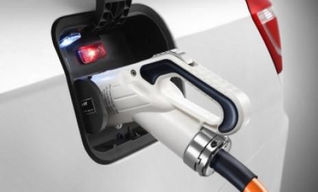 Geely Emgrand EV уже на дорогах Китая - АСПЭК-Открытие