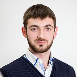 Иван Леонов
