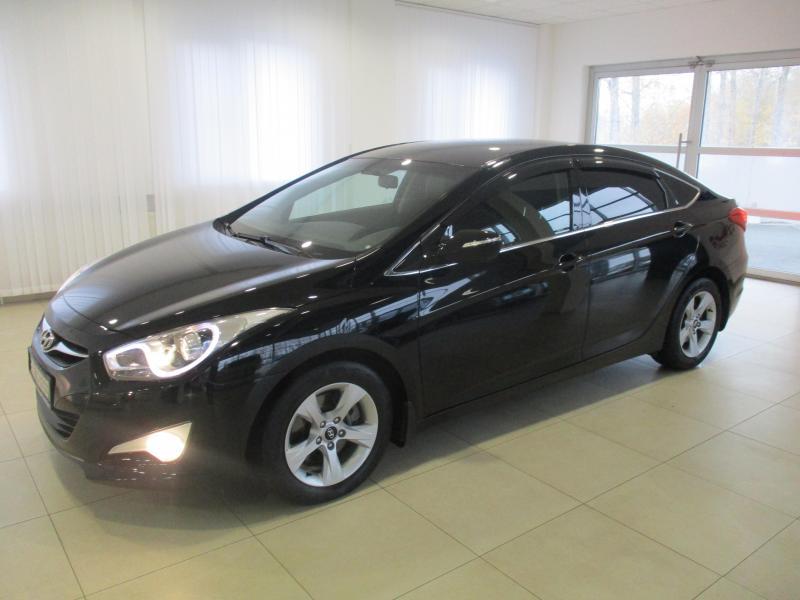 Hyundai i40 2.0 AT (150л.с.)