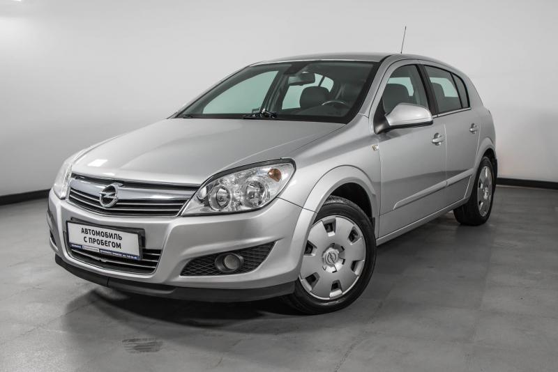 Opel Astra 1.8 AT (110л.с.)