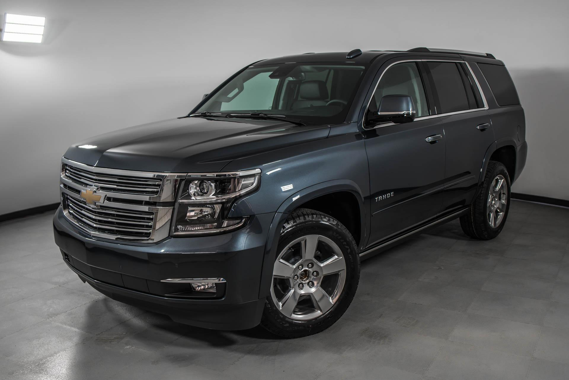 Chevrolet Tahoe 6.2 AT 4WD (426 л.с.) Premier
