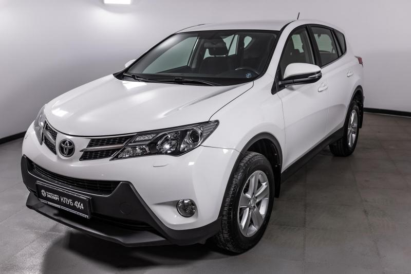 Toyota RAV4 2.0 MT (146 л. с.)