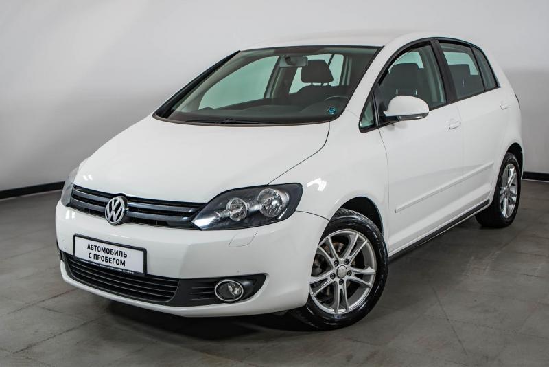 Volkswagen Golf 1.2 TSI MT (105 л. с.)