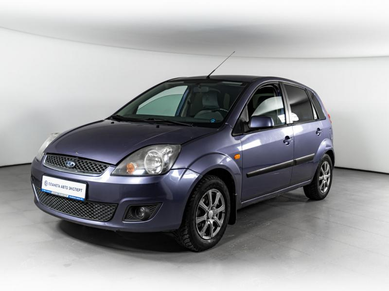 Ford Fiesta 1.6 MT (99 л. с.)