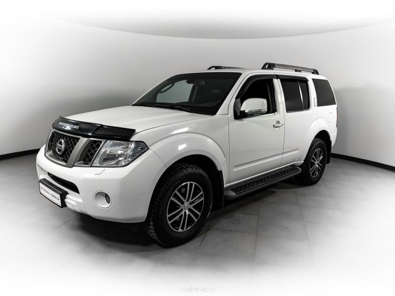 Nissan Pathfinder 2.5d AT (190л.с.) 4WD