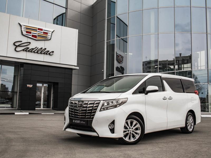 Toyota Alphard 3.5 AT (275 л. с.)