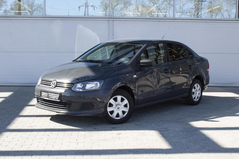 Volkswagen Polo 1.6 MT (105 л. с.)