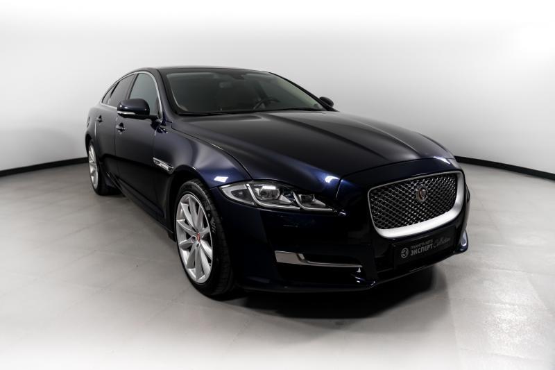 Jaguar XJ 3.0 AT (340л.с.) 4WD Luxury
