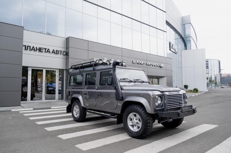 Land Rover Defender 2,4d MT (122 л.с.) 4WD