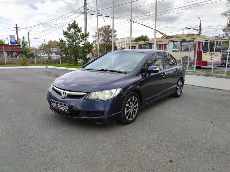 Honda Civic 1.8 AT (140 л. с.)