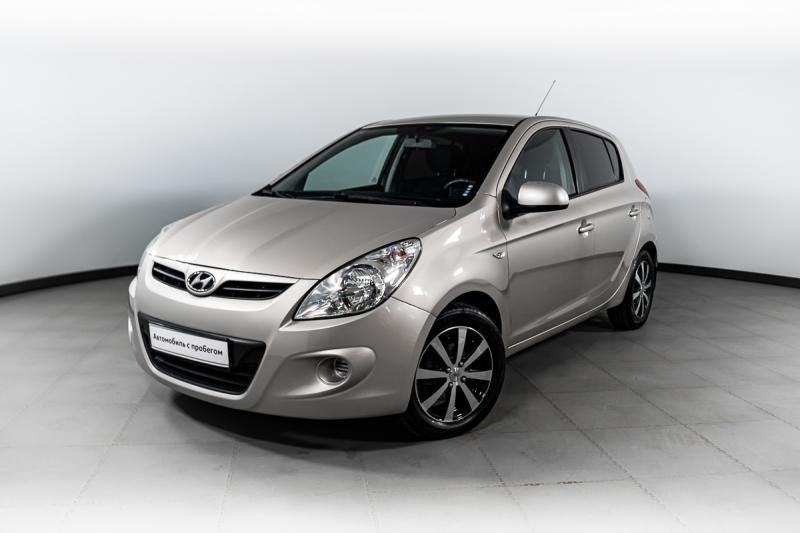 Hyundai i20 1.4 AT (101 л. с.)