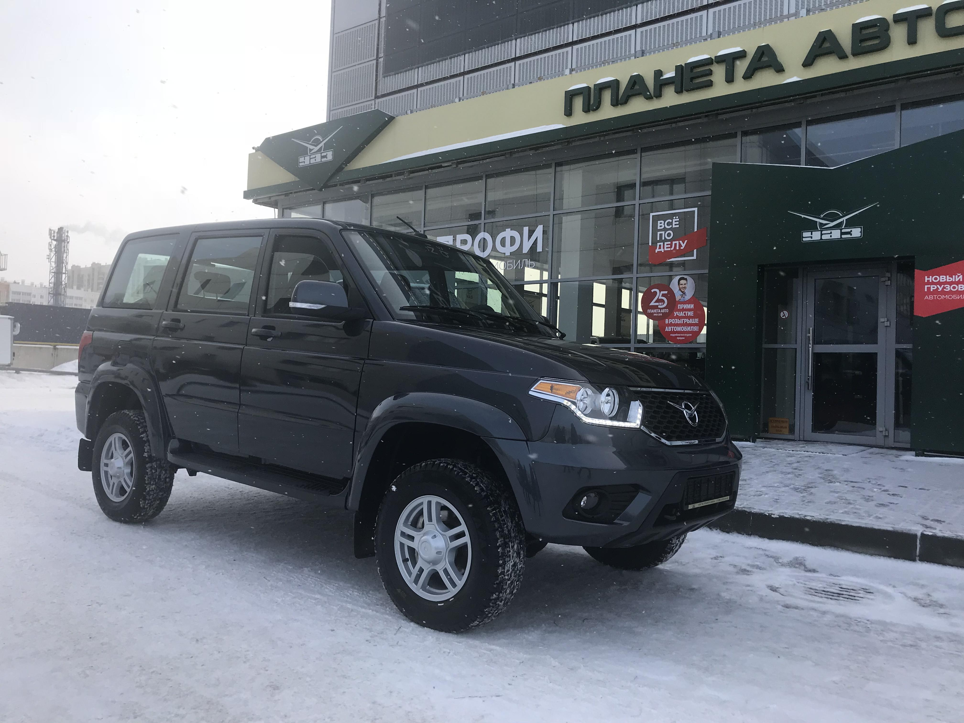 УАЗ Patriot 2.7 MT (134,6 л. с.) Престиж 385-03