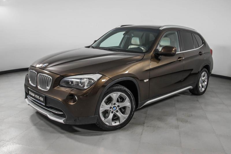 BMW X1 xDrive28i 6AT (258 л. с.)