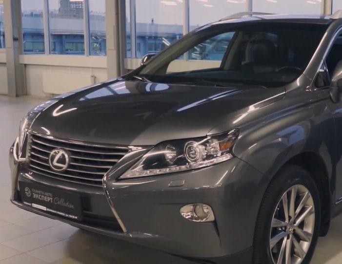 Видеообзор на Lexus RX350